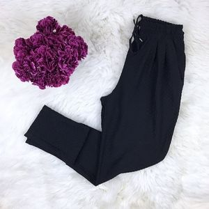 H&M Black Textured Embossed Skinny Jogger Pants